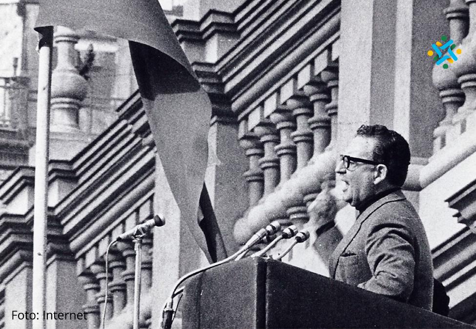 """Salvador Allende: """"La historia es nuestra y la hacen lospueblos"""""""