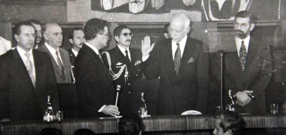 DAHIK, 1992 Sixto Durán Ballén
